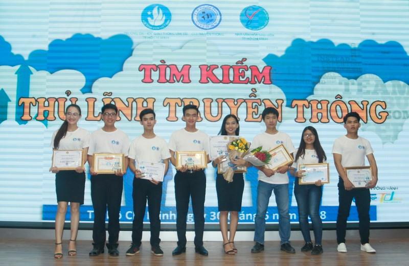 Nguyễn Mạnh Hùng giành giải Nhất cuộc thi Tìm kiếm Thủ lĩnh truyền thông năm 2018